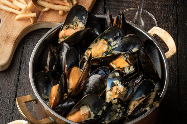 Canadian Blue Mussels Feast @ Bistro on the Mile